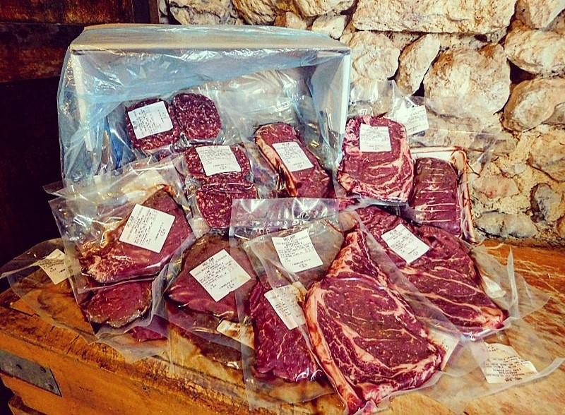 Colis de viande à Saint-Germain-Laprade